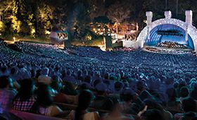 July 28, 2015 the Hollywood Bowl becomes an enchanted forest for A Midsummer Night with Dudamel. Opening the program, Gil Shaham joins Dudamel for a performance of Mendelssohn's iconic Violin Concerto. Mendelssohn's incidental music for A Midsummer Night's Dream is enhanced by projected visuals and Bryce Dallas Howard will narrate, bringing Shakespeare's words to life, with soprano Deanna Breiwick, mezzo-soprano Jennifer Holloway, aand the women of the Los Angeles Master Chorale.