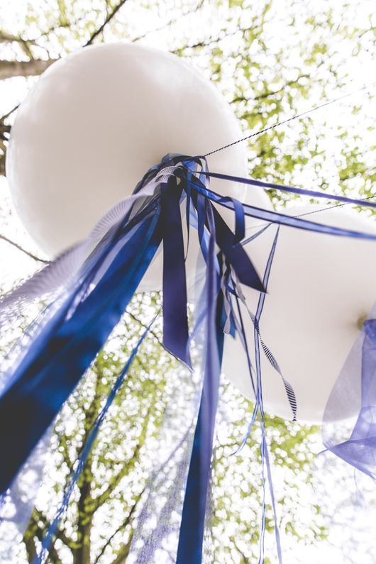 Haikje's home. A blog about decorating, design & lifestyle  #wedding #balloon #blue #bruiloft #blackweddingdress #weddingdecorations #weddingphotos #weddingshoot #ribbons