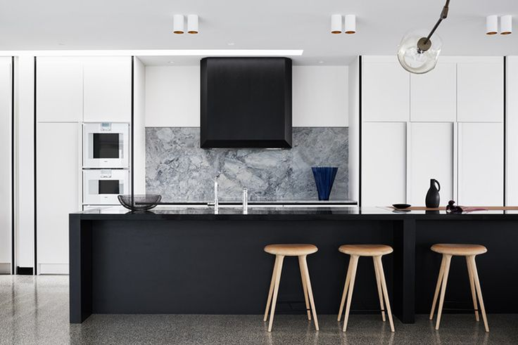 Never ashamed to perve on other people's interiors, the Australian Interior Design Awards gives us a chance to see the country's most beautiful homes.
