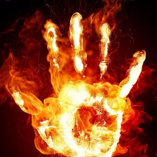 The Heat Gucci Mane x Young Chop x Kanye West Type Trap Instrumental by Street-Free Mafia https://soundcloud.com/user-23097378/the-heat-gucci-mane-x-young-chop-x-kanye-west-type-trap-instrumental-1