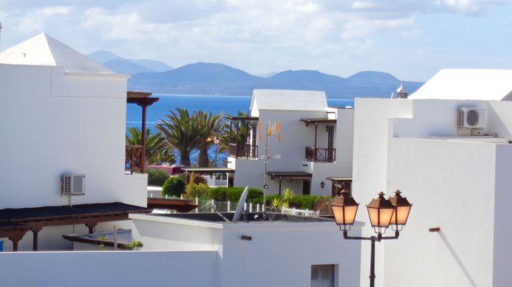 Vista desde el dormitorio principal a Fuerteventura! Quieres unos días de relax? Casa J te espera!
