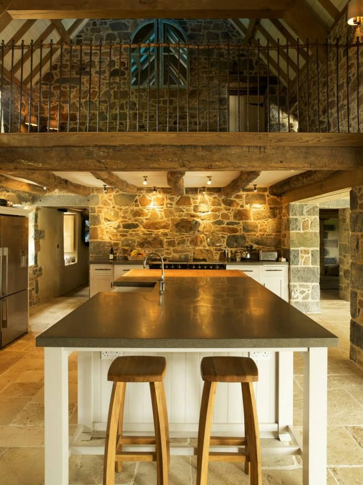 Double Height Traditional Farmhouse Kitchen