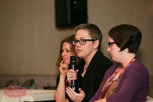 Creating Amazing Content: Blissdom Canada 2013 Panel - A Little Bit of Momsense