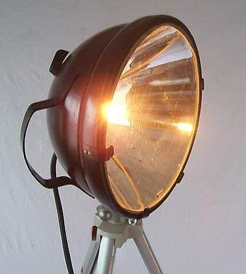 Stativlampe Suchscheinwerfer Arbeitsscheinwerfer Tripod Designerlampe Loft