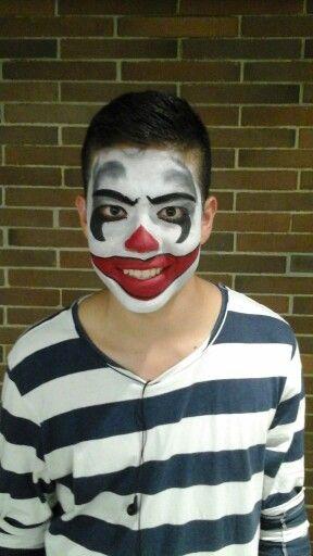 Más clown
