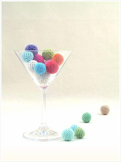 How to crochet a ball ♡ Teresa Restegui http://www.pinterest.com/teretegui/ ♡