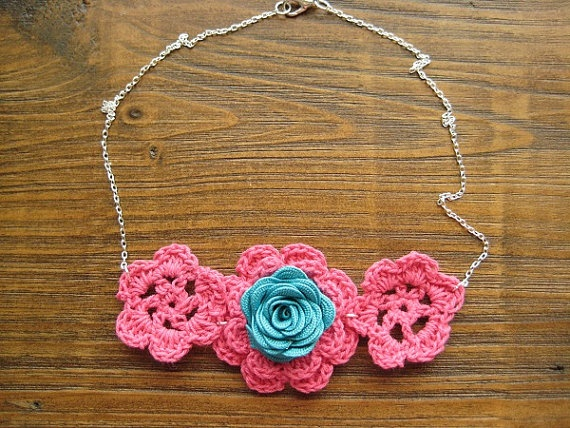 Bright Pink and Tropical Blue Crochet Fabric Flower NecklaceFabric Flowers, Crochet Fabrics, Fabrics Flower Necklaces