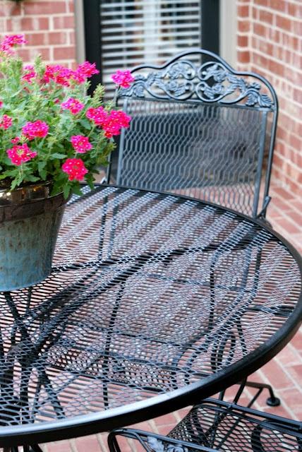 Best 25 Patio Furniture Redo Ideas On Pinterest Patio