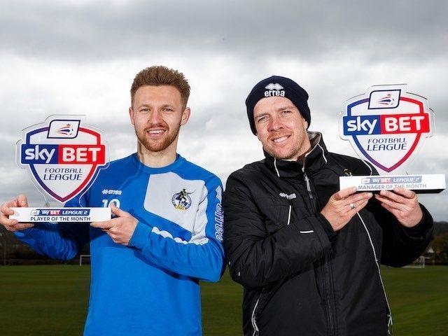 Bristol City sign Matty Taylor from Bristol Rovers