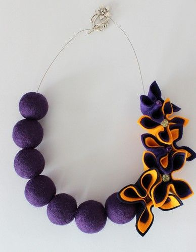 New Felted Balls & Felt Flowers Necklace | eBay