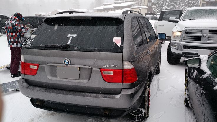 The old girl is a dream even in the ice and snow. 05 E53 3.0i #BMW #cars #M3 #car #M4 #auto