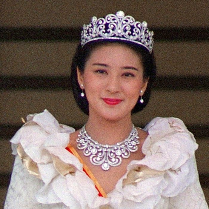 Made completely of diamonds, Japan's Crown Princess Scroll tiara and matching necklace were worn by Princess Masako Owada at her wedding to Crown Prince Naruhito in 1993. Naruhito's mother, Empress Michiko, also became a wife adorned in the glittering gems. Photo: © Getty Images