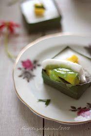 """Kue tako adalah salah satu kue tradisional Malaysia. Aslinya tidak menggunakan nangka, ini adalah kreatifitas Kak Ita """"Masam Manis """"  yan..."""