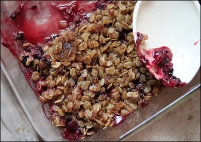 Peach and Blackberry crumble | Recipes & Such | Pinterest