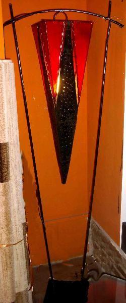 Piantana marocchina (Artigianato Marocco, Lampade) di Artigianato Vulcano, eCommerce specializzato nella vendita di articoli etnici, marocchini e orientali.