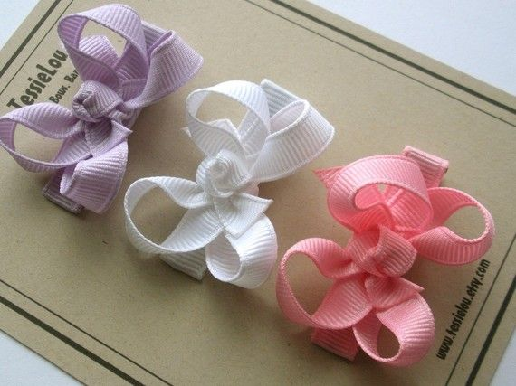 boutique bow with smaller ribbon