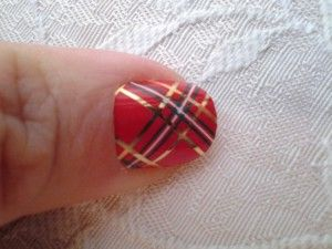 Chistmas Red Plaid: As Seen In Emily Reviews. Discontinued- available as custom wrap.   http://fingerpaintings.jamberrynails.net/home/products.aspx