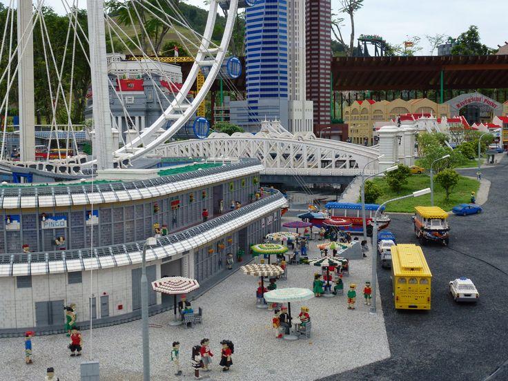 Singapore Flyer Legoland