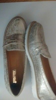 gold loafers size 41