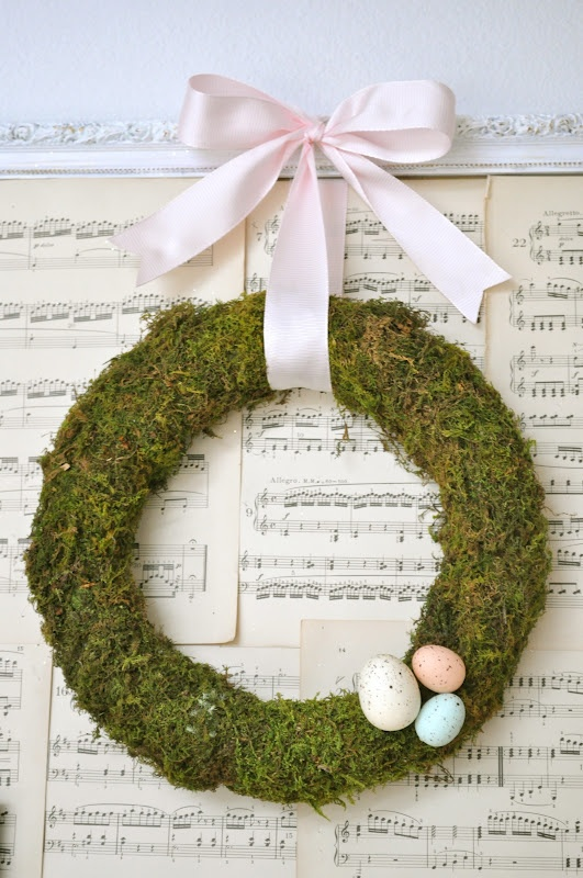 Little Birdie Secrets: make a spring moss wreath {tutorial}