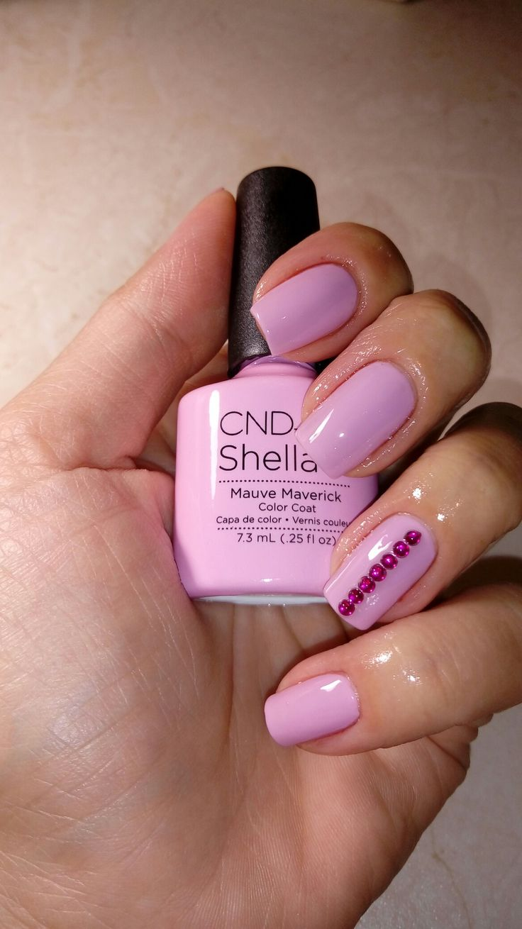 Cnd Shellac Mauve Maverick In 2019 Shellac Pedicure Shellac Nail Colors Manicure Colors