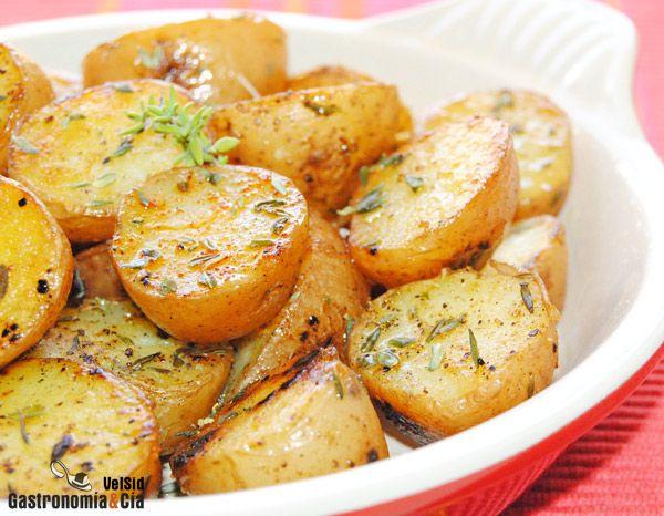 Patatas salteadas con sal especiada del Himalaya