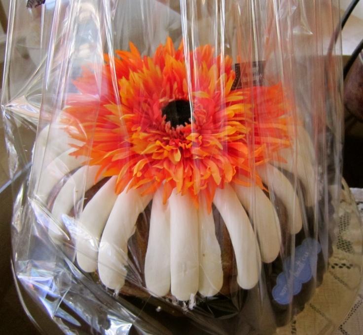 Bundt cakes bundt cake table decorations decor