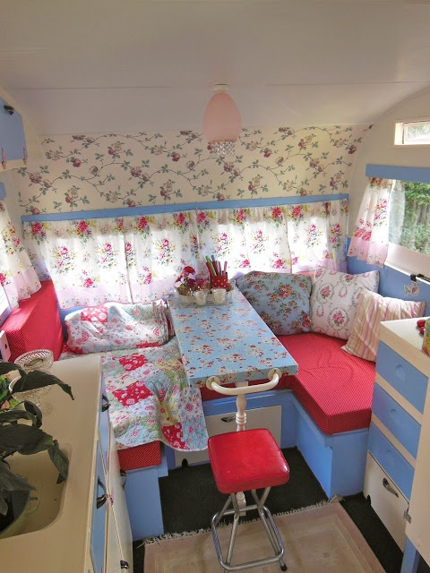 Cath Kidston-inspired camper decor ~ love!