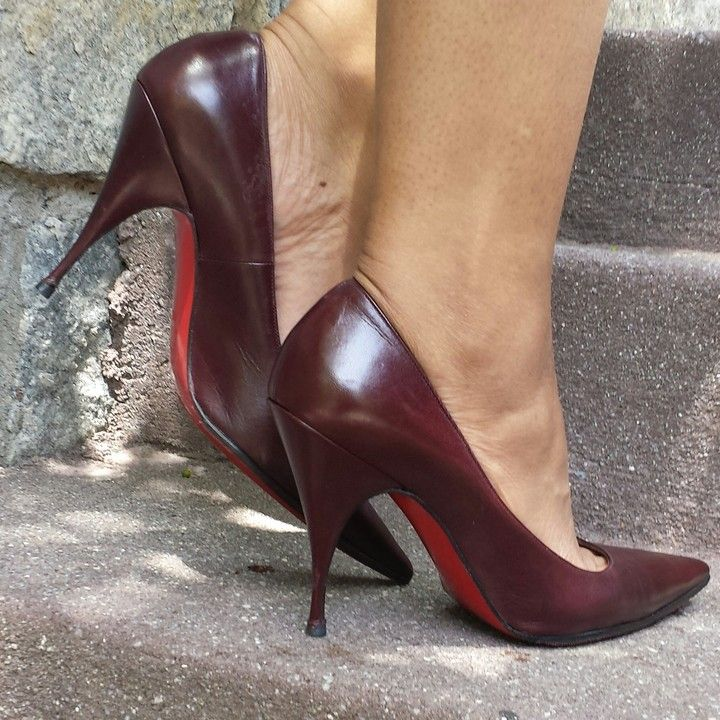 Christian Louboutin Pointed-toe Vintage Pumps from SassieSammies ...