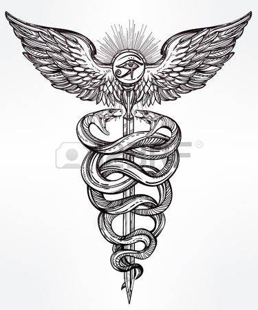 tatouage egypt: Symbole Caducée de dieu Mercure. Serpents de main très détaillées, enroulées autour de bâton ailé. Hand-drawn conception de tatouage linéaire vintage. Art isolé romantique sombre vecteur.