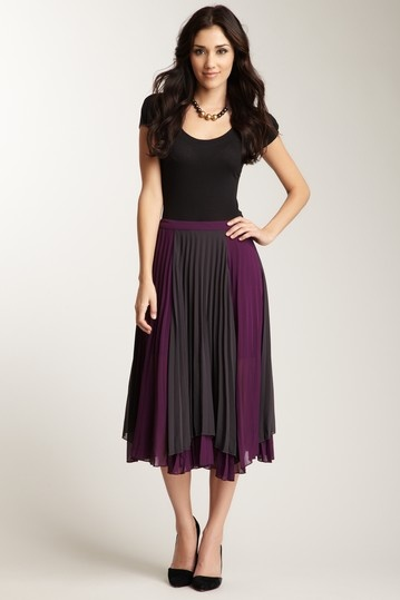 Romeo & Juliet Couture Woven Color Midi Skirt. Love the skirt
