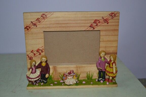 Lamasa clay photo frame