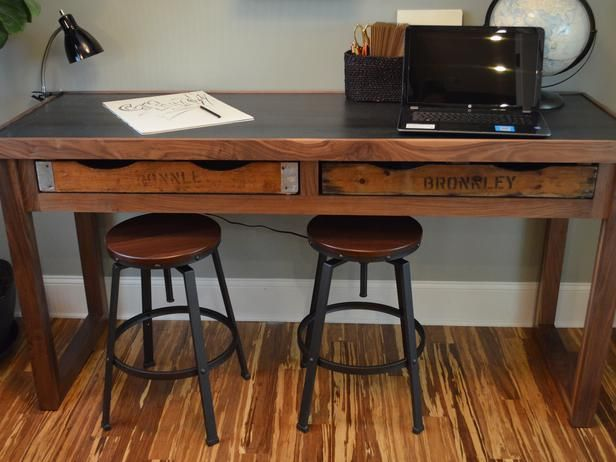 How to Make a Rustic Desk Like the One at Blog Cabin >> http://www.diynetwork.com/blog-cabin/how-to-build-a-rustic-office-desk/pictures/index.html?soc=pinterestbc14:  Boards, Offices Desks, Blogcabin Rustic, Rustic Desks, Diy'S Network, Awesome Desks, Rustic Business Decoration, Blog Cabin, Rustic Offices
