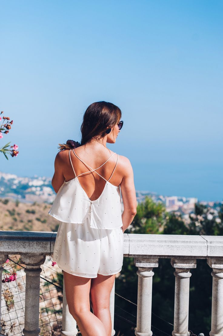 White playsuit, read more on www.bagvibes.com