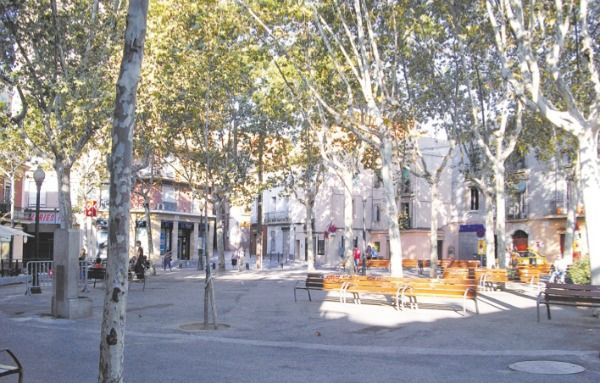 Today, the neighbourhood of Horta remains centred around the Plaça d'Eivissa and much is designed on a grid system similar to the Eixample but consisting of low rise detached houses.