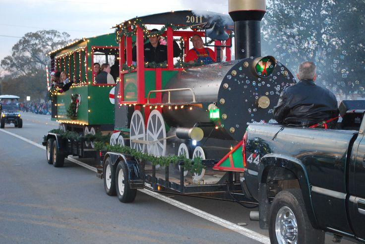 christmas floats | Whitehouse Christmas Parade Float Winners!