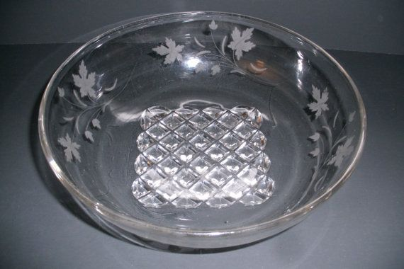 Antique Ripley's Pavonia Serving Bowl by SuzquisTreasures on Etsy