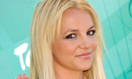 Swipe right? Britney Spears joins Tinder dating app - THE GUARDIAN #BritneySpears, #Tinder