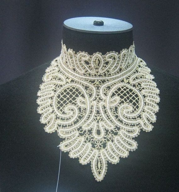 russian bobbin lace collar