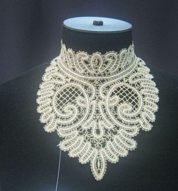 russian bobbin lace collar