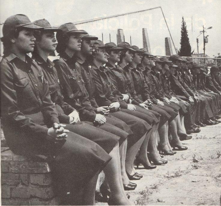 Primeras mujeres policías. Dignas de admiración y respeto.