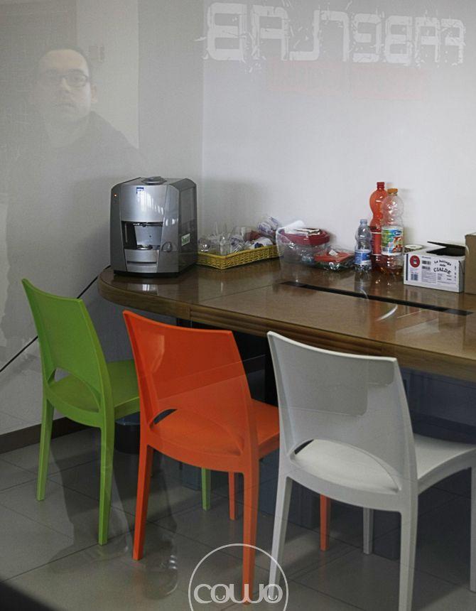 Spazio di coworking a Tradate, Varese, presso lo studio di progettazione del verde di Francesca Benza. Affiliato alla Rete Cowo® http://www.coworkingproject.com/coworking-network/faberlab-tradate-varese/