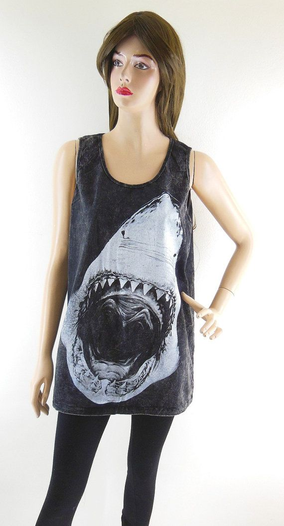 Shark Tshirt Shark Shirt Shark Tank Top Unisex T-Shirt Jaws shirt Bleach Black Tshirt Women Tshirt Tunic Screen Print Size M