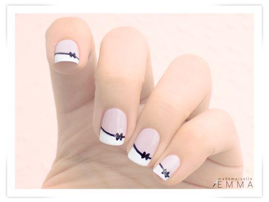 Le blog de Mademoiselle Emma: Un nail art un peu neuneu http://mademoiselle-emma.blogspot.fr/