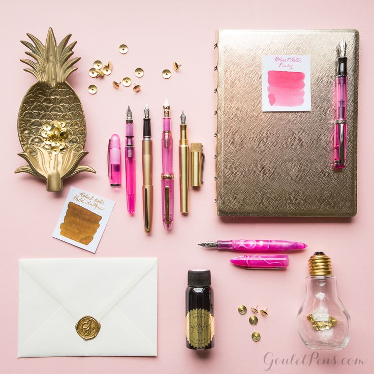 Luxuriously lush and positively playful, this week's Thursday Things is sure to delight. This handsome collection of products really pop...