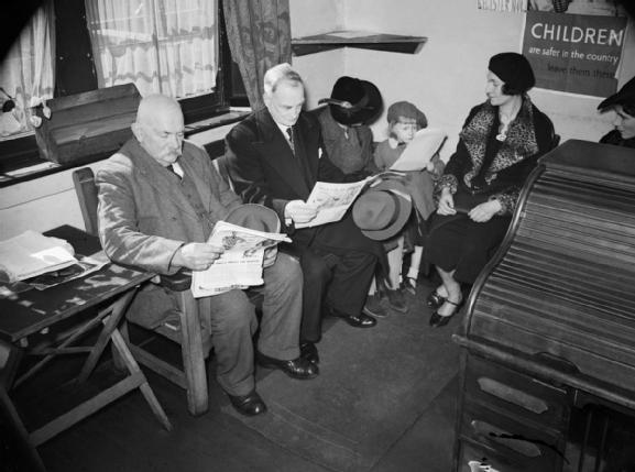 Croydon CAB waiting room (1940)