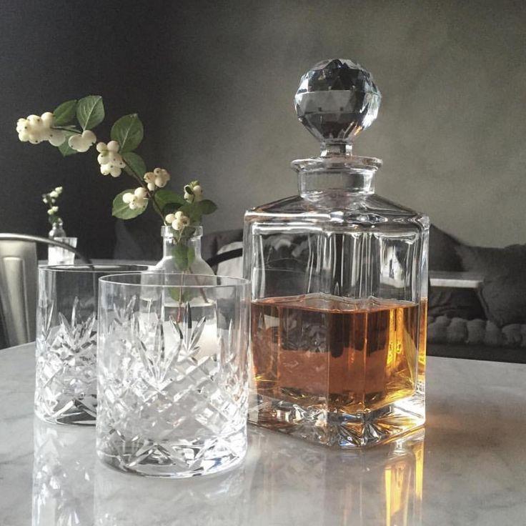 New elegant carafe from the Danish company Frederik Bagger