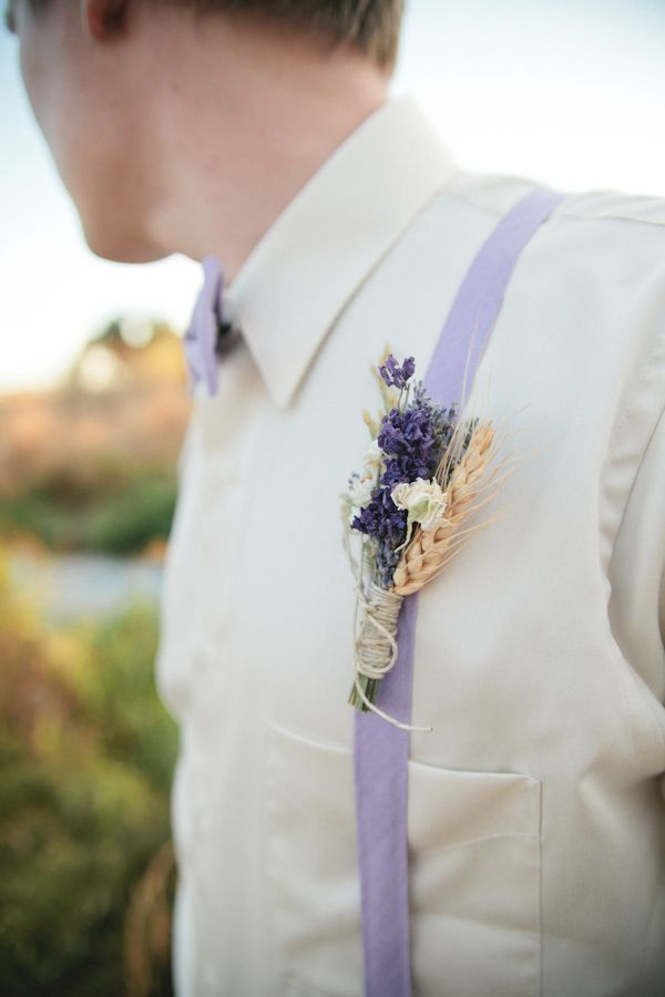lavender and wheat boutonniere http://www.weddingchicks.com/2013/10/14/lavender-wedding-inspiration/