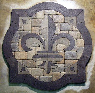 fleur de lis--great mosaic idea!