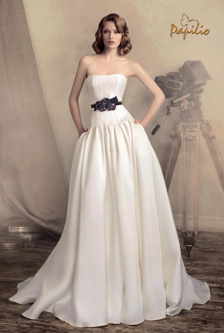 20 best High Fashion Brautkleider images on Pinterest | Wedding ...